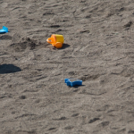 砂場はこんなに危険!ハイリスクな危険地帯でも安心のお砂場セット