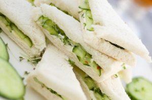 キューカンバーサンドイッチ